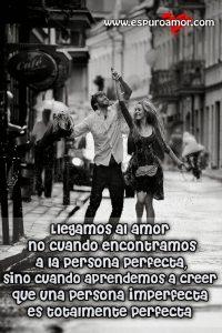 enamorados perfectamente felices