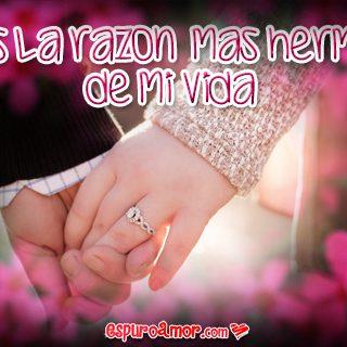 Frase de Amor con Imagen para Facebook de Manos de una Pareja de Enamorados