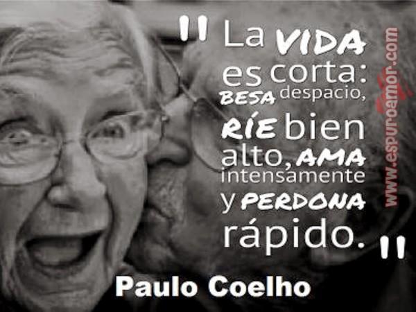 http://espuroamor.com/wp-content/uploads/2014/08/cartel-de-amor-con-pareja-de-viejitos.jpg